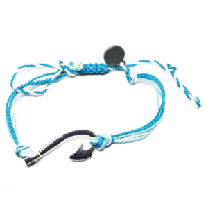 blu hook friendship bracelet